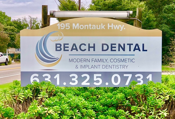 Beach Dental sign